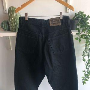 Vintage ULTRA high waisted black mom jeans